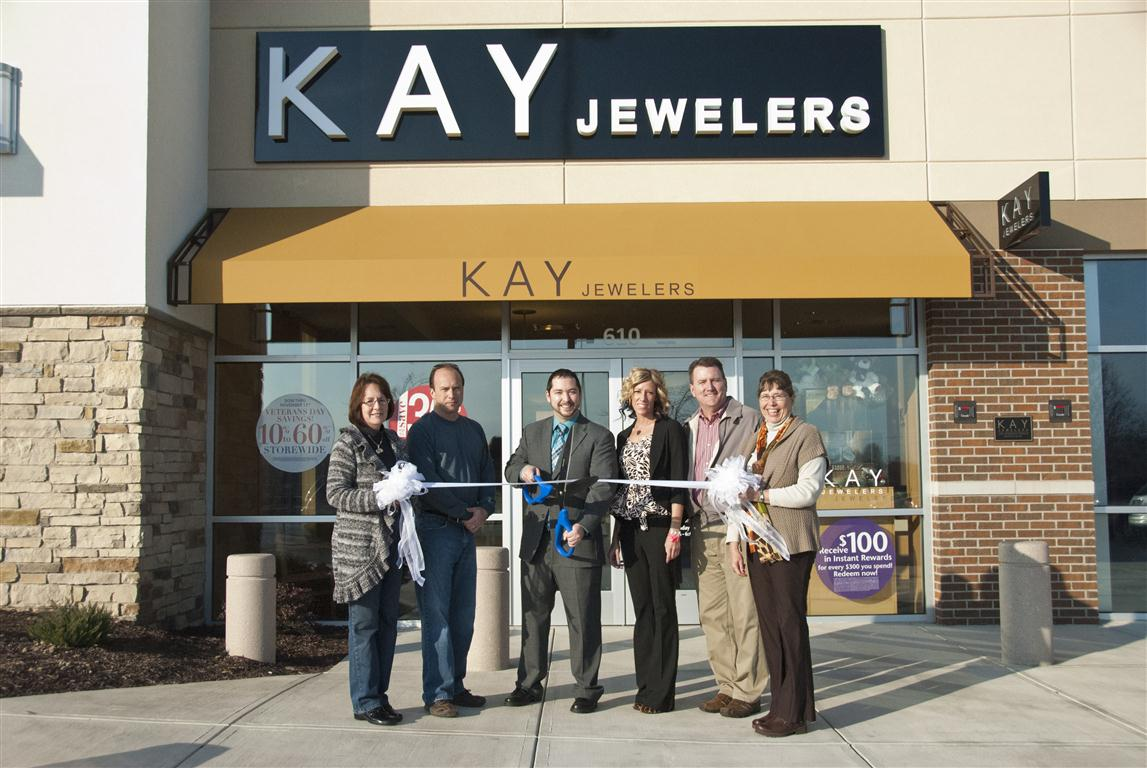 White Gold Bracelets: Kay Jewelers Sale This Weekend