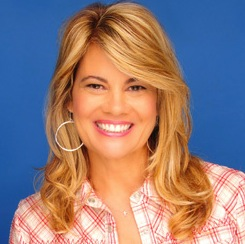 Lisa Whelchel portrayed Blair Warner on the 1970s and 1980s sitcom The Facts of Life. Whelchel, now an author and speaker, will be in Warsaw in March.