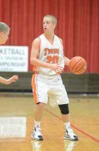 Warsaw's Nate Pearl runs the offense Friday night versus Kankakee Valley.