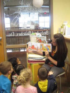 Jami McDaniel Stichter reads her first children's book to a captive audience at BABE Boutique. (Photo Provided)