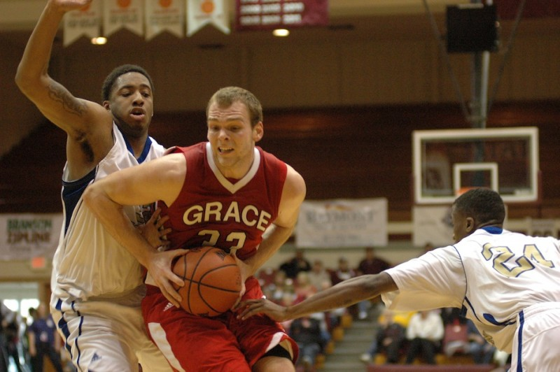 Greg Miller scored 21 points Thursday as Grace College rolled to a big win in first-round action of the NAIA Tournament (Photo provided by Chase Ringler)