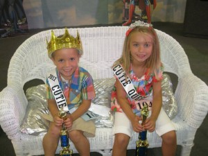 Contestants are now being sought for the 2013 Mermaid Festival Cutie Parade and Pageant. Pictured are the 2012 Cuties, Johnny Likens and Haley Rodewald. (Photo provided)