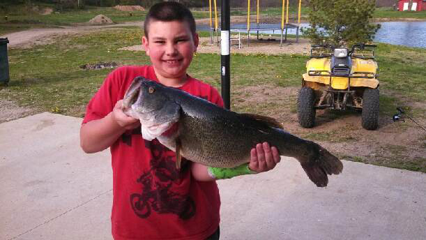 Ashton Greene, 9, caught 8lb 24in largemouth bass