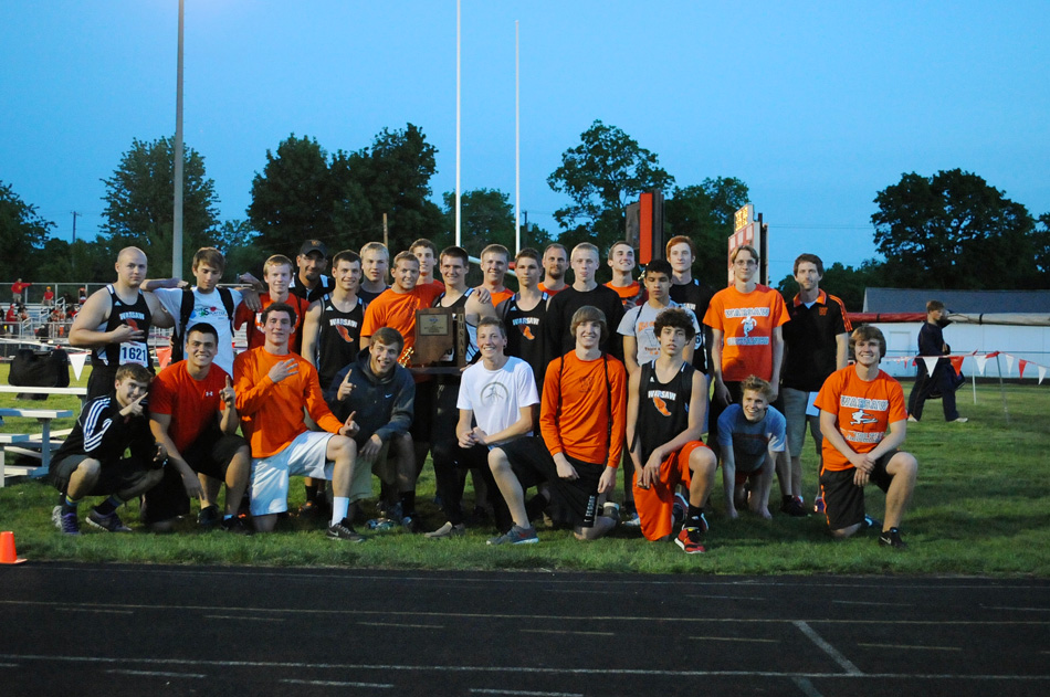 The Warsaw Tigers three-peated as sectional champions Thursday night.