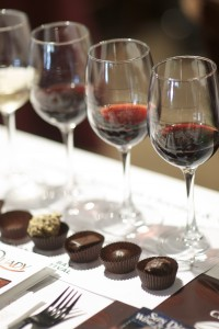 Red_wine_and_chocolate_pairing