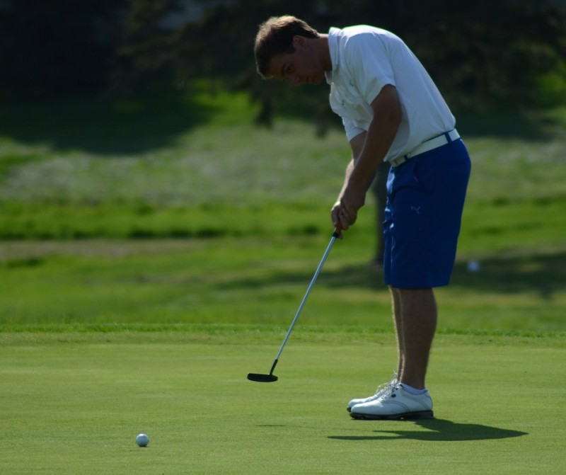 Triton senior standout Ryan Rapp, shown putting in the recent Joe Harris Shootout at Rozella Ford, captured medalist honors in the Uebele Invitational in LaPorte Friday (File photo by Jim Harris)