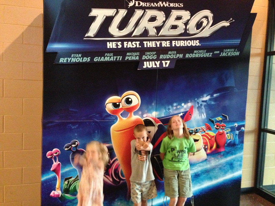 Handy Father Turbo Movie Review