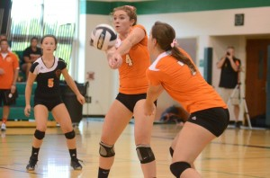 Emily Poe passes the ball for the Tigers Tuesday night.