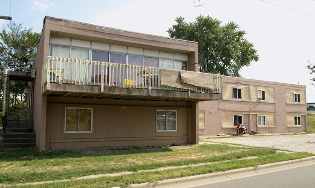 Residents of 77 Kings Highway apartment building were given written notice Wednesday evening ordering them to move out.