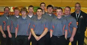 The Warsaw boys bowling team was sectional runner-up (Photo provided by Jenny Ransbottom)
