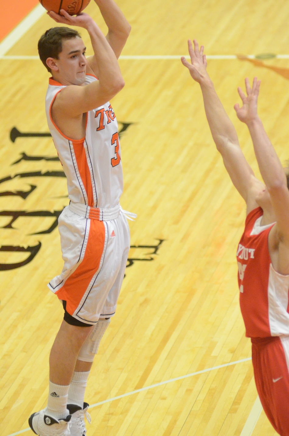Jordan Stookey led Warsaw with 16 points versus Plymouth Thursday night.