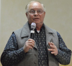 """Leesburg farmer Bob Bishop was the keynote speaker, talking on """"Our Heritage and Our Future"""" at the county extension annual meeting Monday. (Photo by Deb Patterson)"""
