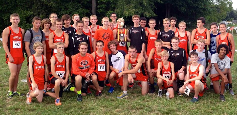 The Warsaw boys cross country team captured the championship of its own Tiger Invitational Tuesday night.