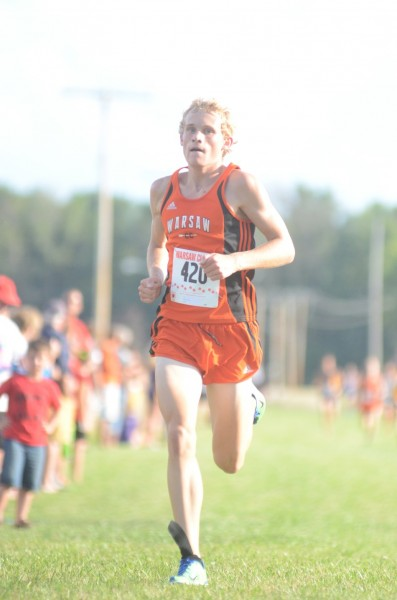 Warsaw's Owen Glogovsky heads home as the individual champion in the Tiger Invitational.