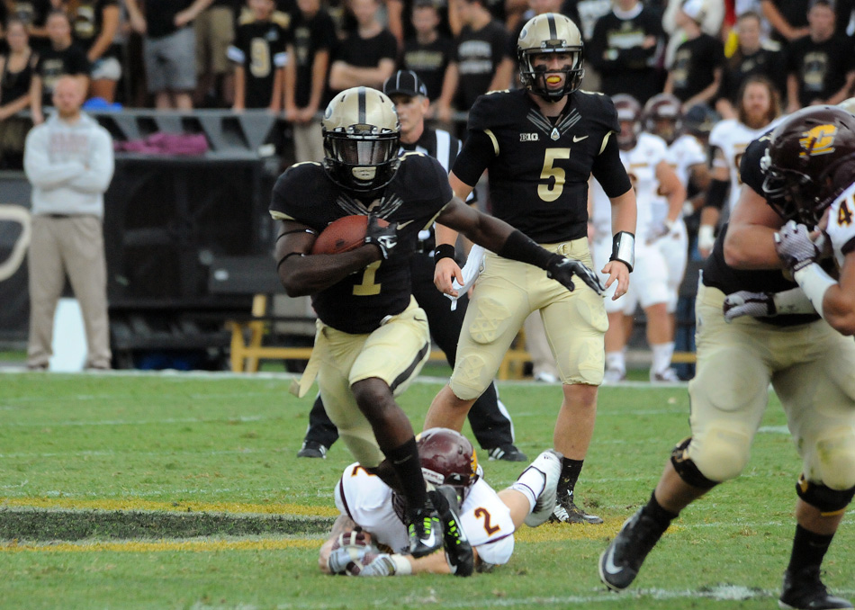 Purdue running back Akeem Hunt finds room to run against Central Michigan. (Photos by Mike Deak)