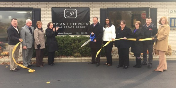 Brian Peterson Real Estate Group Ribbon Cutting