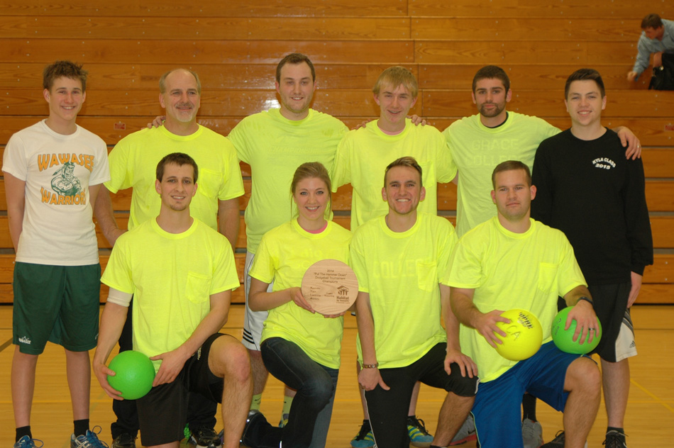 Winning the Put The Hammer Down Dodgeball Tourney was the team from Valley Springs Fellowship. In the front row are, from left, Stephen Straits, Stephanie Denlinger, Conner Williamson and Gabe Koser. In the back row are Owen Donahoe, Gregg Straits, Cal Denlinger, Daniel Messenger, Matt Abbitt and Kyle Weideman. (Photo by Chelsea Los)