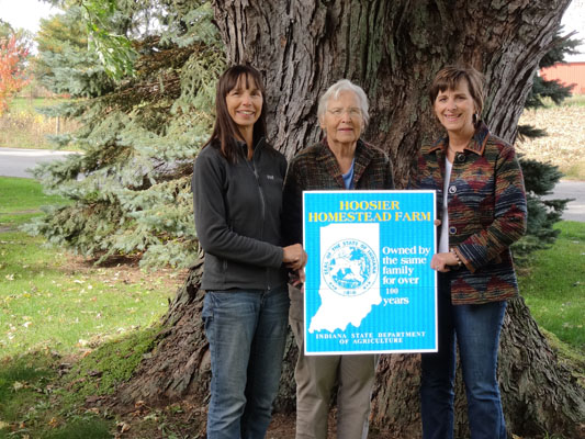 Martha Hoffman (center) with her daughters Michele (left) and Kathy (right). (Photo provided)