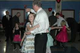 Warsaw-Daddy-Daughter-Dance-2015-Sydney-and-Mike-Morel