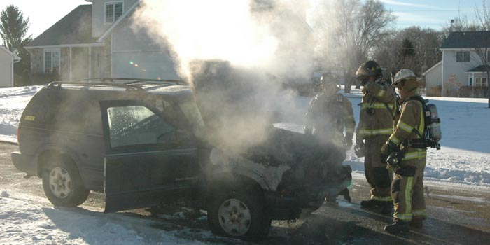 car-fire-cardinal-drive-syracuse-feb-25