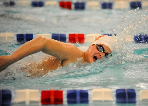 Warsaw's Kaleb Schneidewent qualified for the finals of the 200 freestyle.