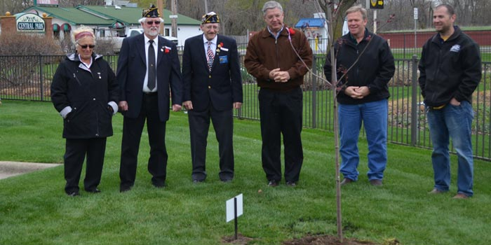 Warsaw-American-Legion-Earth-Day-Tree-Dedication-feature