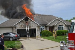 Fire-Old-Orchard-Drive-Warsaw-May-20-2015-5