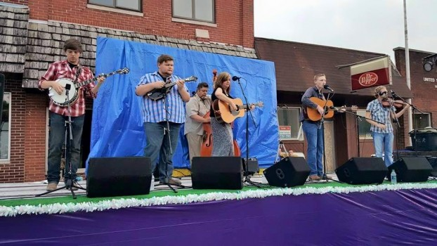 Kim Robins and 40 Years Late performing at Silver Lake Days (Photo courtesy Facebook)