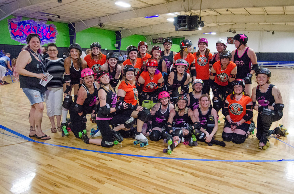 The Lake City Roller Dolls beat the Battle Creek Cereal Killers 183-150 Saturday at the Dollhouse in Warsaw. Both teams came together for a combined group photo following the bout. (Photos courtesy of Andy Kerr)