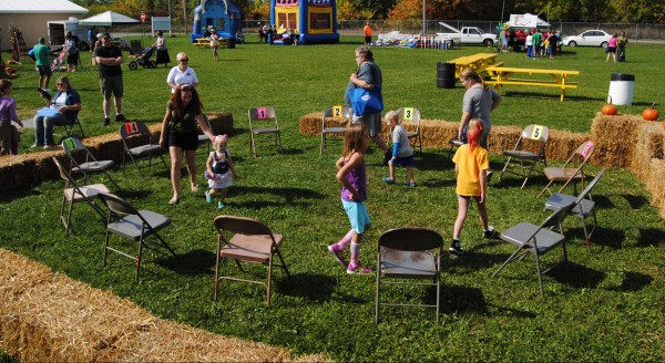 Enjoy the old-fashioned cake walk from 11:30 a.m. to 1:30 p.m. Saturday, Sept. 26, at the North Webster Fall Festival. A dollar admission to the walk is charged.