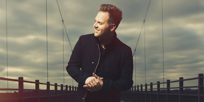 Matthew West will be performing Sunday, Nov. 22.