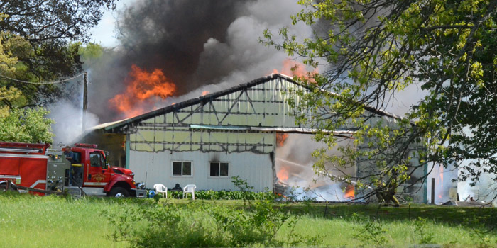 apartment-and-barn-fire