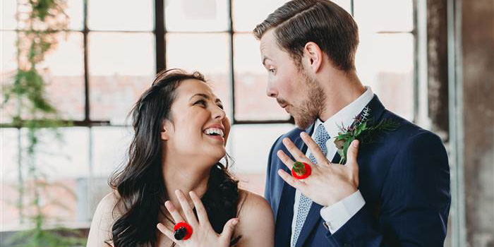 ring-pop-wedding-002-inlinetoday-160427_3e40b0439854b9a093fafc5e86933458.today-inline-large