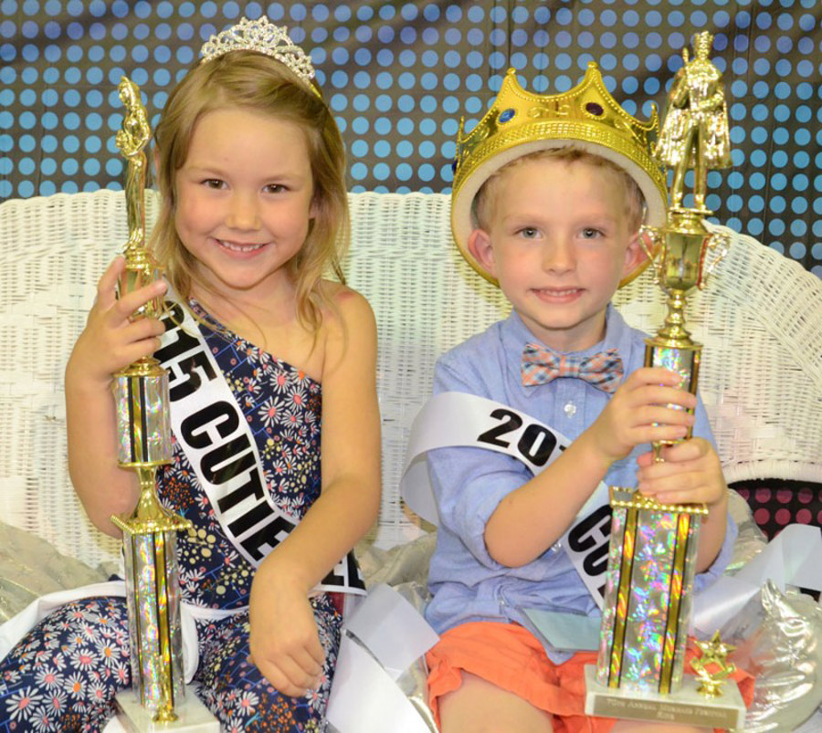 The 2015 Cutie King and Queen were Jozie Mishler and Tom Cohen. (Photo by Deb Patterson)
