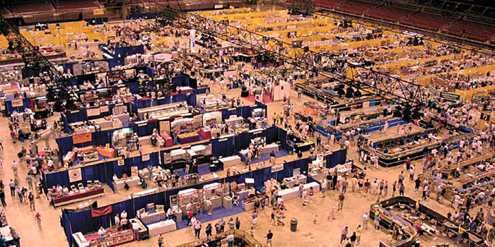 Crowds Gather At the National Train Show of 2015.