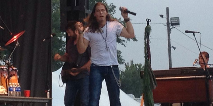 Jason Michael Carroll performs. (Photo provided/Kosciusko County Bicentennial Committee)