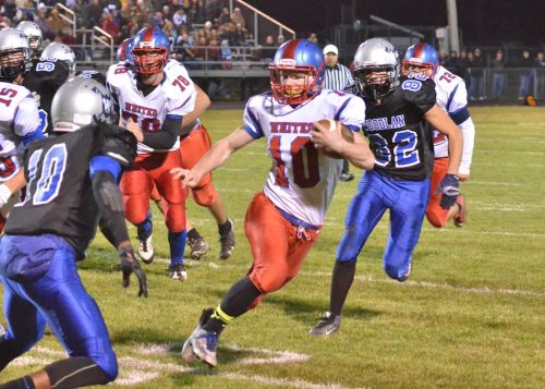 Garrett Elder (10) will make the transition from quarterback to halfback for the Wildcats this season as they look to defend their division title and once again make a deep run in the sectional. (File photo by Nick Goralczyk)