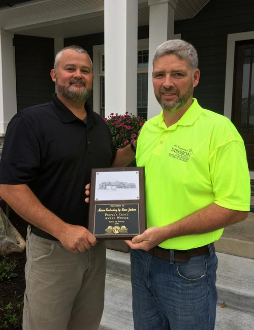 Left to Right: Brett Harter, CGP CAPS, BAKFC President and Bruce Jackson, Mission Contracting by Bruce Jackson, 2016 BAKFC Homes on Parade People's Choice Award Winner