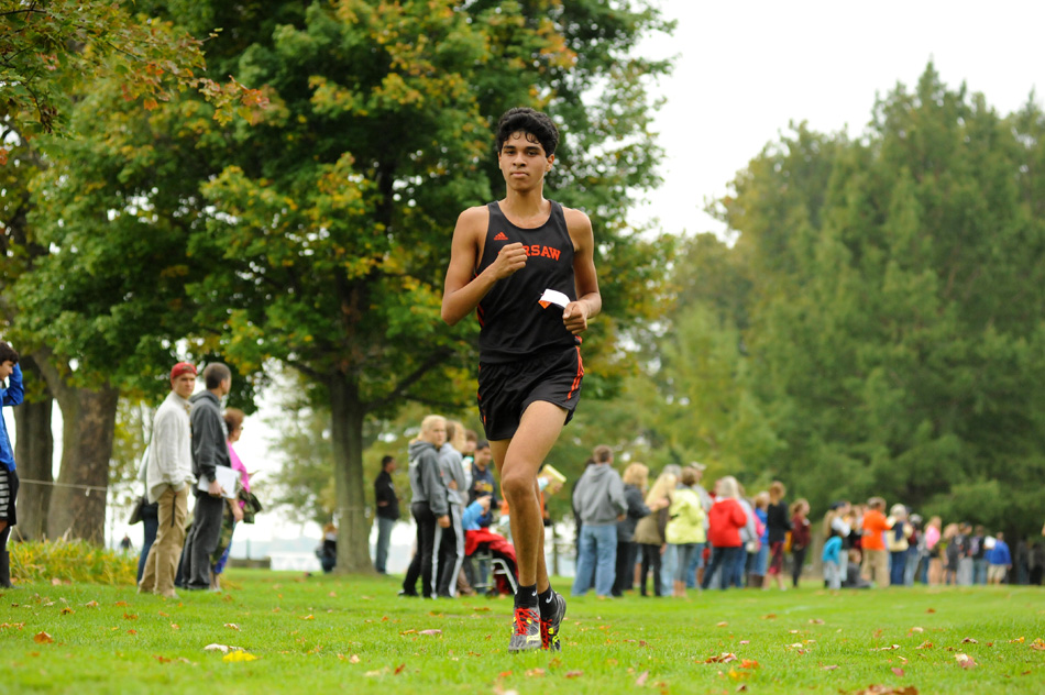 Warsaw's Zeb Hernandez will run individually at the IHSAA Cross Country State Finals this weekend. (File photo by Mike Deak)