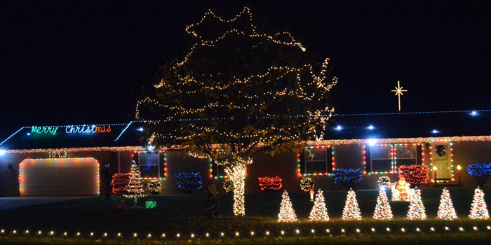 warsaw if you enjoy christmas lights north winds subdivision off cr 100e north of warsaw is one of the places to check out not only does the subdivision